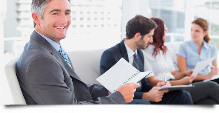 Professionelle Begleitung in Veränderungsprozessen reduzieren Widerstände und Abwehrreaktionen.